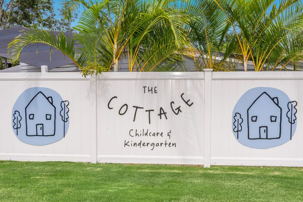 The-Cottage-Ashmore-Exterior-Signage